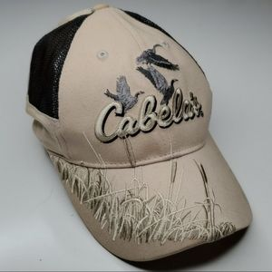 CABELA'S HUNTING HUNTER GEESE EMBROIDERED HAT